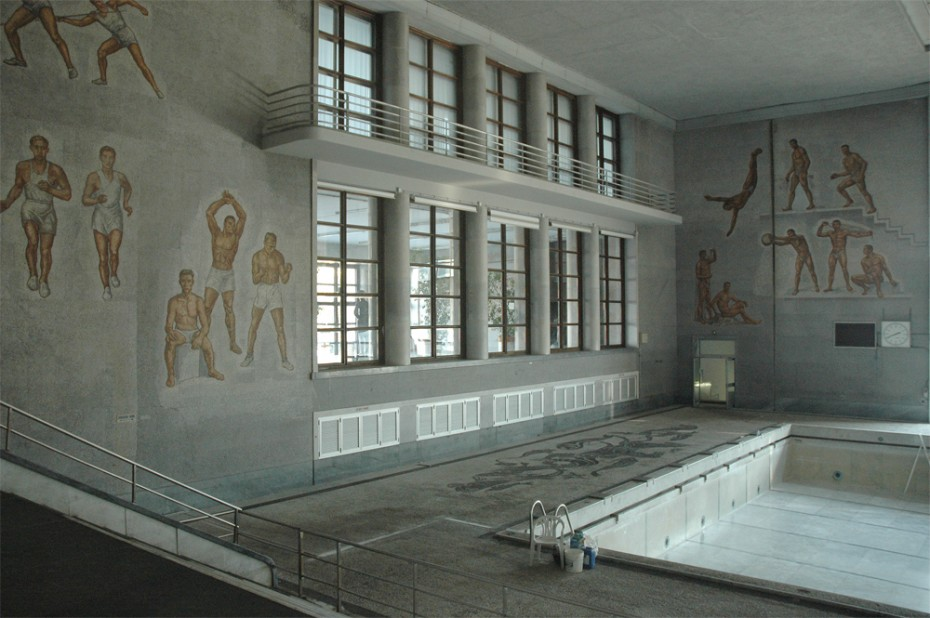 Piscina Coperta (built for Mussolini) - Rome 2006